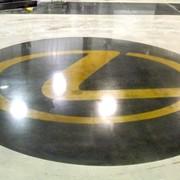 Логотип на бетонном или полимерном полу