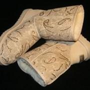 Украшение туфлей, кроссовок, сапог кристалами и стразами Сваровски фото