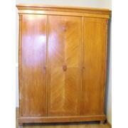 Мебель старинная на комиссионную продажу фото