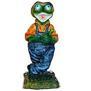 Фигура Лягушонок садовник фото