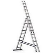 Лестницы алюминиевые трехсекционные фото