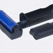 Щетка-роллер , раскладной, дорожный, с чистящей частью ввиде ролика покрытого липкой резиной фото