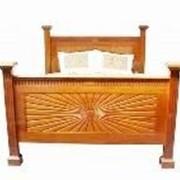 Кровать из Индонезии фото