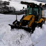 Уборка и вывоз снега. Услуги Экскаваторов. фото