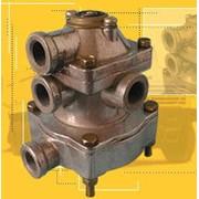 Клапан управления тормозами прицепа с 2-х проводным приводом 100-3522010 фото