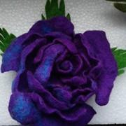 Войлочные цветы- брошка и резинка для волос. фото