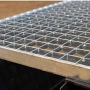 Прессованный решетчатый настил : грязезащитная решетка, ячейка 33х33 фото
