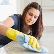 Домработница для уборки квартиры или дома фото