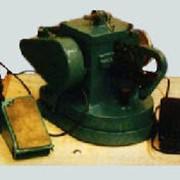 Машина швейная бытовая с однофазным электроприводом, установленным на головке машины фото