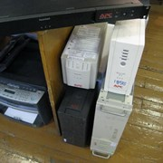 Замена аккумуляторов в ИБП фото