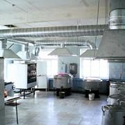 Монтаж систем кондиционирования воздуха в Алматы фото