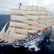 Требуются моряки на транспортные и рыболовецкие суда фото