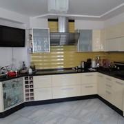 Изготовление корпусной мебели. Шкафы - купе, кухни, офисная мебель, торговое оборудование , витрины фото