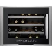 Встраиваемый холодильник для вина Electrolux ERW0670A фото