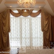 Штора в спальню с ламбрекенами золотистая фото