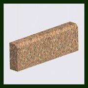 Гранитный тротуарный камень фото