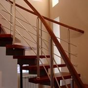 Лестницы деревянные и металлические фото