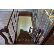 Лестница с комбинированным ограждением фото