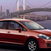Автомобили Nissan Tiida фото