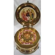 Ковчег-киот № 1 для частиц святых мощей золочение эмаль с крышкой фото