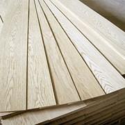 Строганная ламель из твердых пород древесины фото