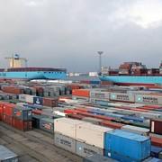 Перевалка грузов с ж/д и автотранспорта в контейнеры и наоборот фото