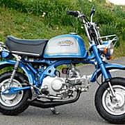 Мопед мокик Honda Monkey Gorilla рама AB27 Minibike тюнинг багажник пробег 25 т.км синий серебристый фото