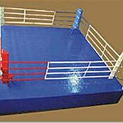 Ринг боксерский 4х4 м на помосте 5х5х0,5 м (монтажный размер 5х5 м), лестница для помоста (3шт в комплекте) фото