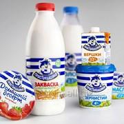 Самоклеящиеся этикетки на молочную продукцию фото