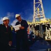 Разработка месторождений нефти и газа. фото