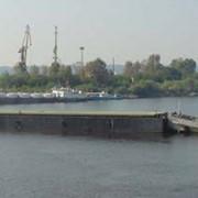 Несамоходная баржа-контейнеровоз фото