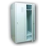 Шкаф гардеробный металлический фото