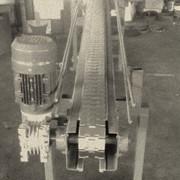 Конвейеры роликовые для штучных грузов. Транспортеры пластинчатые (конвейеры цепные). фото