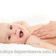 Массаж области позвоночника, детей от 0-1 года фото