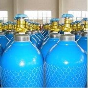 Медицинский жидкий и газообразный кислород в баллонах фото