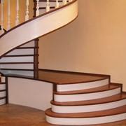 Качественные лестницы по конкурентоспособным ценам от производителя фото