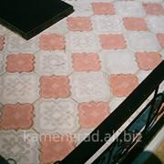 Профессиональная укладка плитки на могилы фото