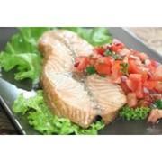 Доставка вторых блюд - Стейк из семги под овощной сальсой (г) фото