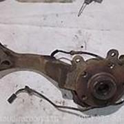 Поворотный кулак левый со ступицей в сборе Volkswagen Passat B5+ фото