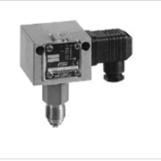 """DWR06-205 реле давления с ручн. сбросом, ограничение в/п, t 70 °С, G1/2"""", IP54, 0.1…0.6 бар Honeywell фотография"""