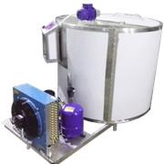 Охладитель молока вертикального типа на 200 литров фото