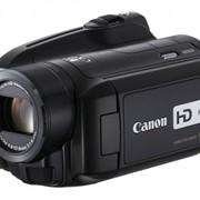 Видеокамера Canon HG 21 фото