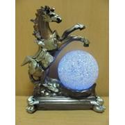 Лошадь на дыбах на подставке, арт. 69311 фото