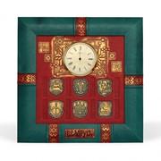 Часы сувенирные из натуральной кожи фото
