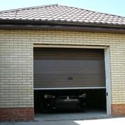 Секционные гаражные ворота с автоматикой фото