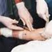 Перчатки каучуковые и резиновые хирургические и медицинские фото