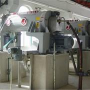 Центрифуги для получения обезвоженного продукта (осадка) и жидкой фазы (фугата) фото