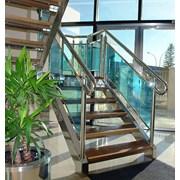 Лестницы из нержавеющей стали (нержавейки) фото