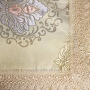 Скатерть с вышивкой и кружевным краем 2006 фото