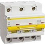 Автоматический выключатель ВА 47-100 3Р 10А 10 кА х-ка С ИЭК фото